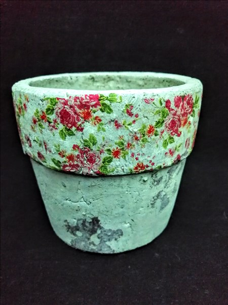Ceramic coloured flowers pot